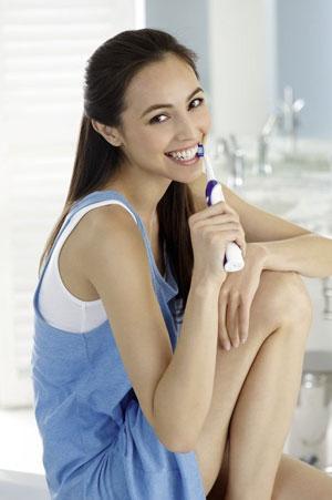 Tägliches Zähneputzen mit Puresonic