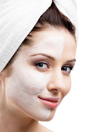 Deutliche frische Haut im Gesicht mit ALOE VERA!