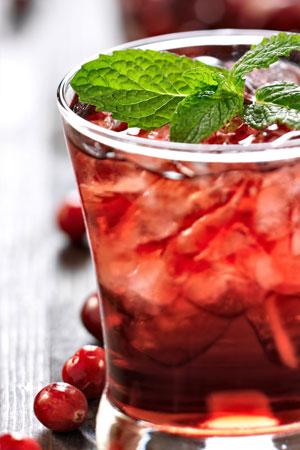 Cocktail mit Aloe Vera Berry Nectar